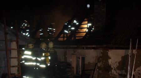 25. 10. 2007 - Bohdalec - požár rodinného domku