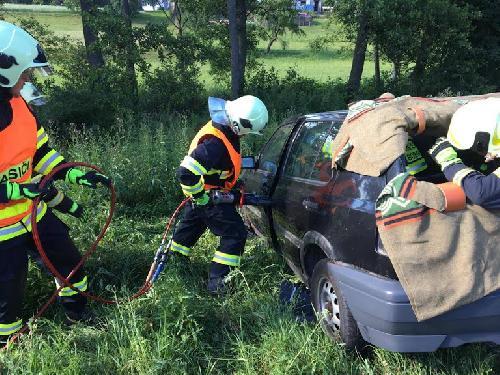 Výcvik vyprošťování u dopravní nehody