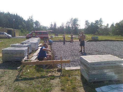 Vybudování betonové plochy na cvičišti